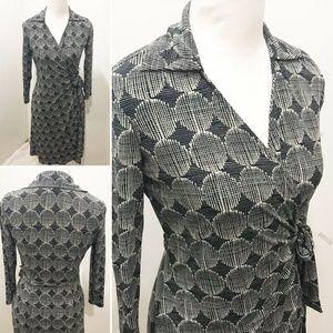 London Times Size 6 Wrap Dress Black Ivory Stretch